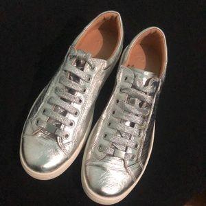 UGG Milo Silver Metallic Sneaker Sz 10 NWOB
